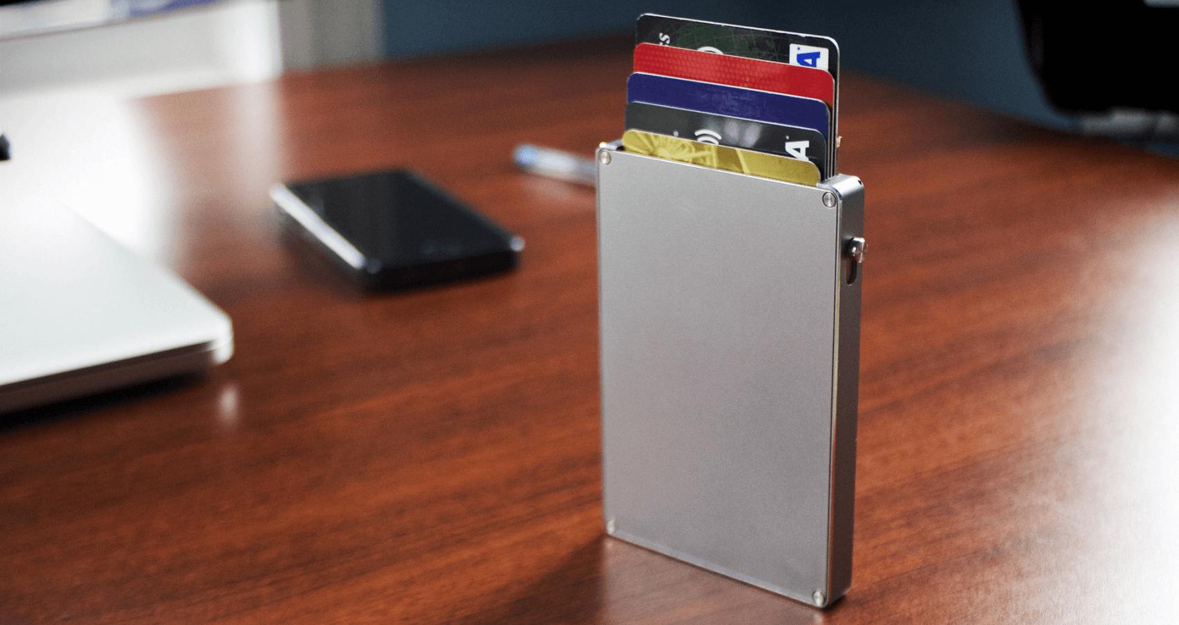 smart-wallet-silver